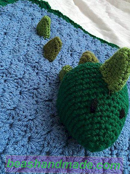 Crochet backpack with granny squares | 580x434